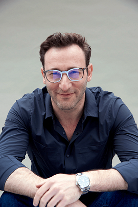 https://simonsinek.com/about/simon-sinek